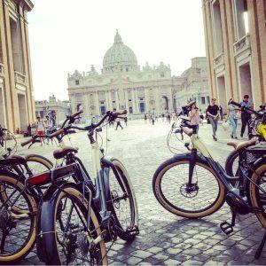 Roma in Bici - Piazza San Pietro - Vaticano