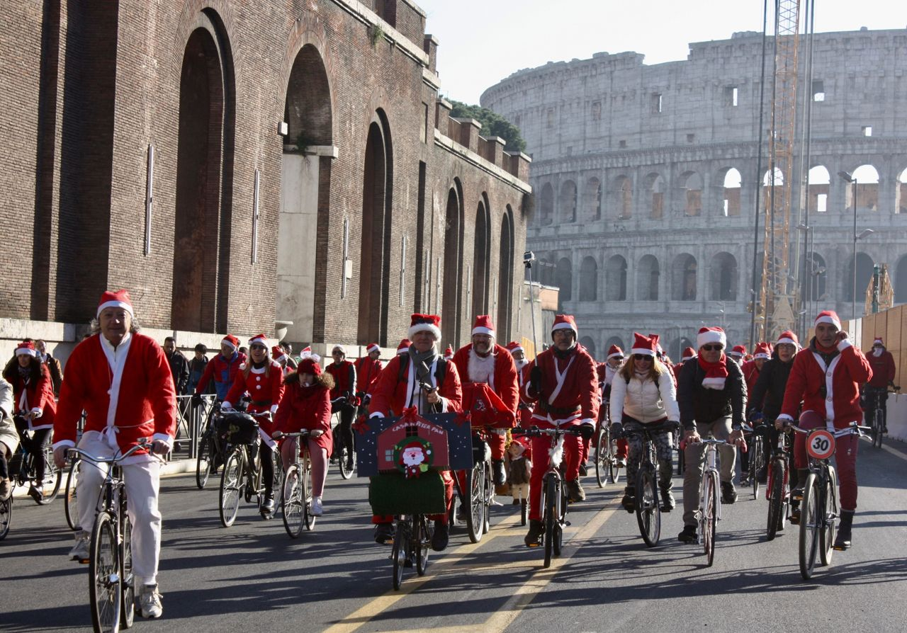 bicycle ride of the Santa Claus
