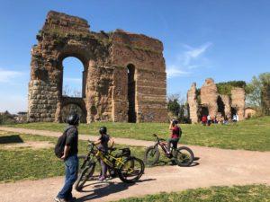 Appia Antica in bici con bambini