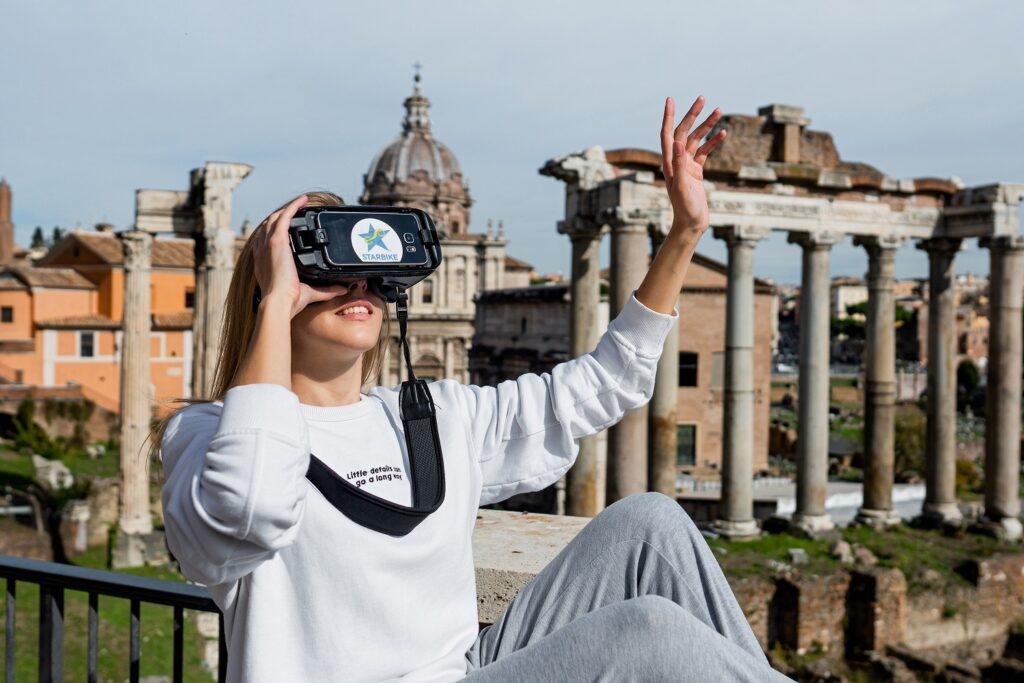 Walking Tour with Virtual Reality